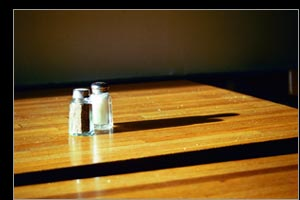 salt & pepper upon the kitchentable top ::: >>>